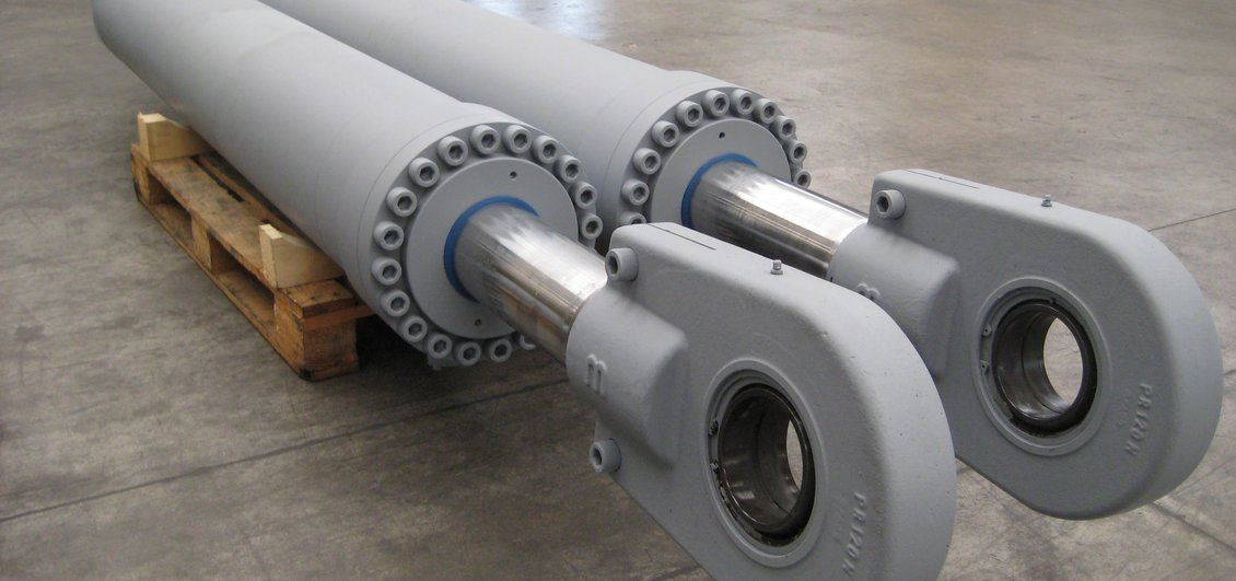 Cilindri idraulici per macchina da perforazione