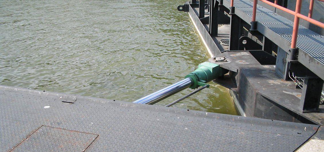 Dettaglio cilindri sbarramento fluviale